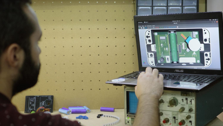 Diseño PCB, placa de circuito impreso, montaje, soldadura de componentes, IoT